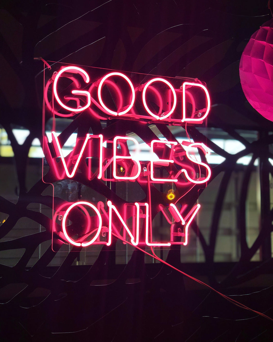 GOOD VIBES ONLY- Neon light hire!