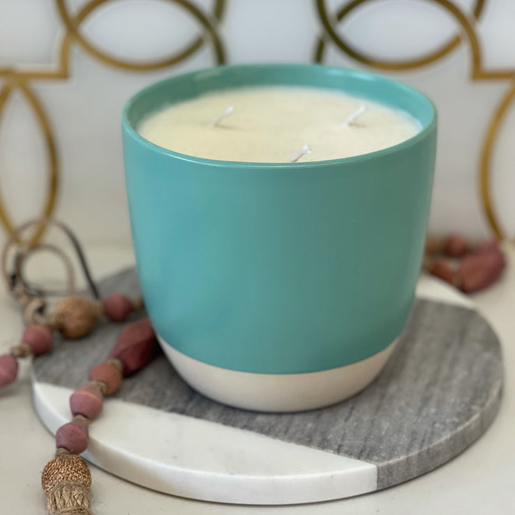 LIMITED EDITION: TIFFANY BLUE CANDLE