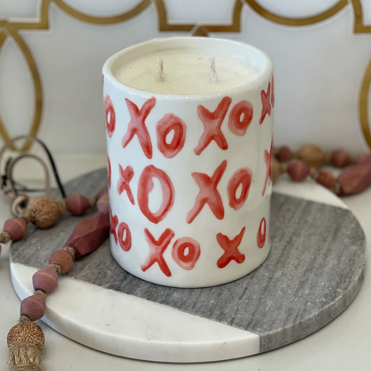 LIMITED EDITION: XOXO CANDLE