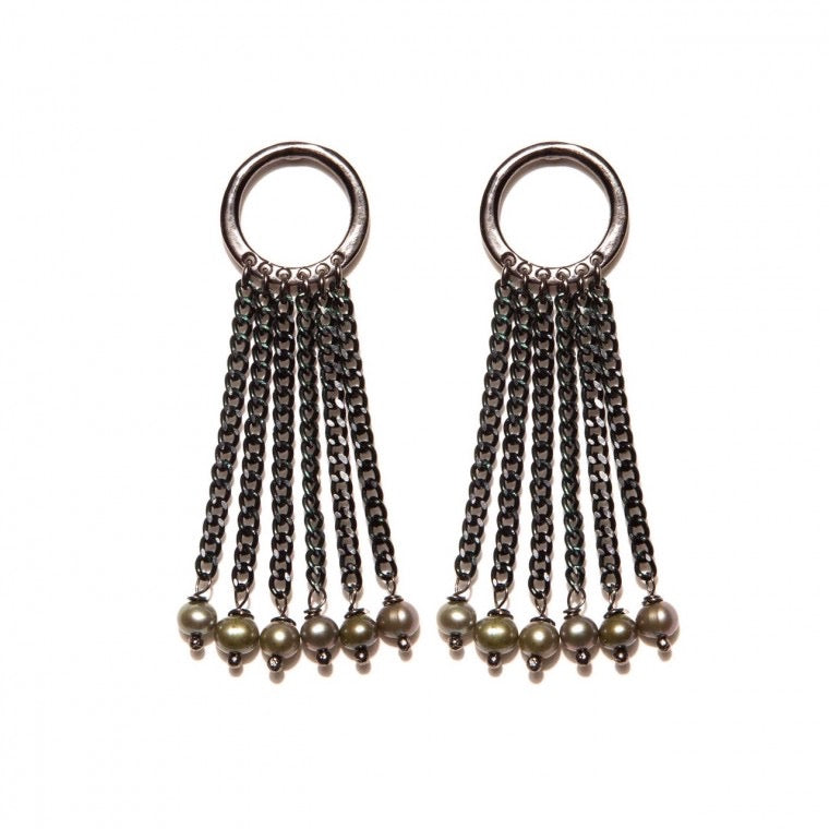Dark Grey Pearls Earrings