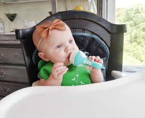 Adaline using the Crade plus Silicone feeder