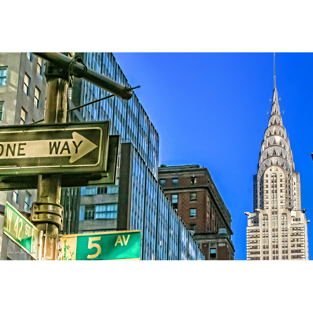 5th Avenue sign & Chrysler Building - NY002