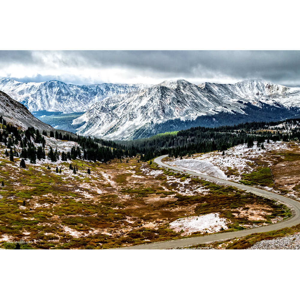 USA, Cottonwood Pass, Colorado - MOU064