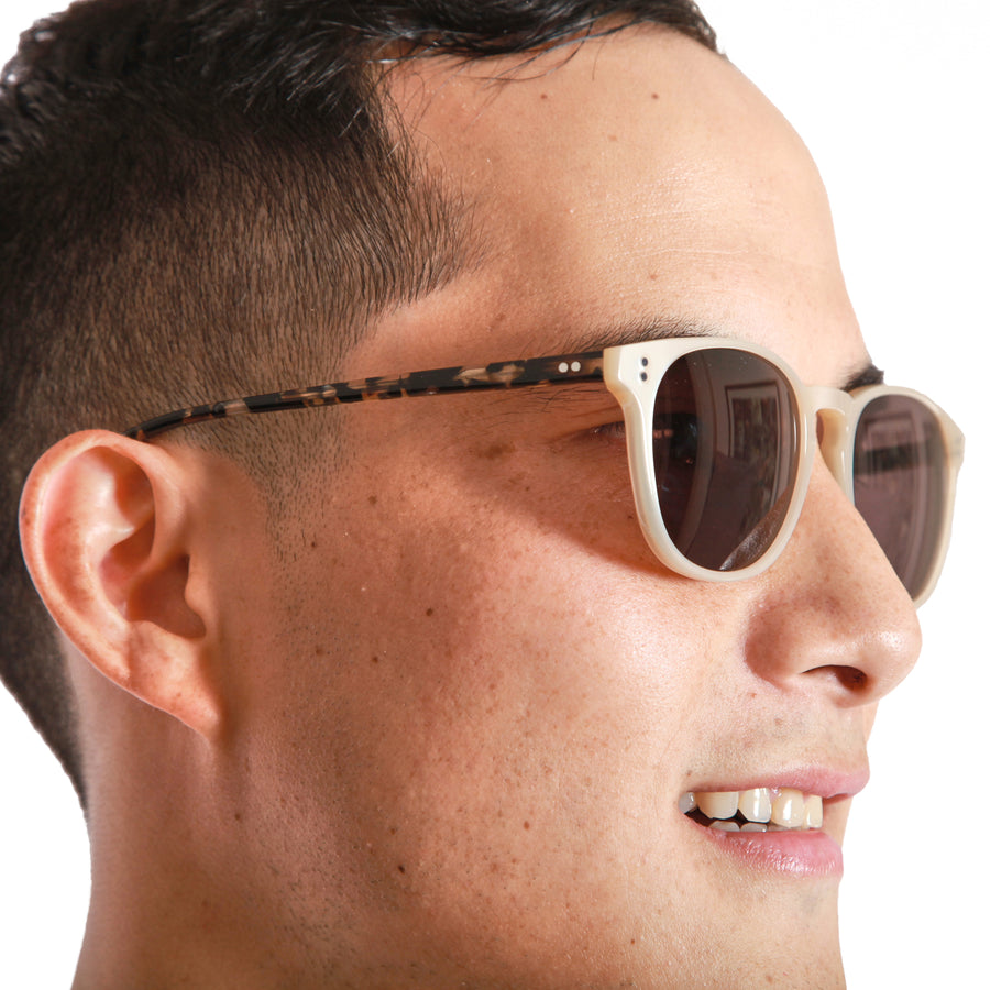 Rocket P3 Classic Mother's Pearl & Chin Chow Tortoise with Brown Polarized Lenses (Tortoise and Crystal)