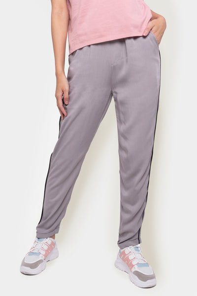 The Dress Code Trousers With Piping Detail