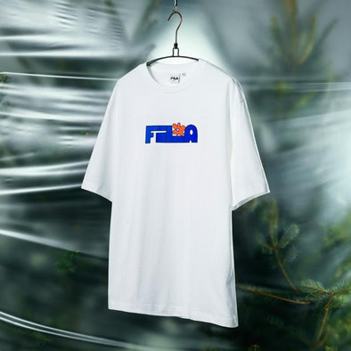FILA BTS X FILA PROJECT 7 BACK TO NATURE CLOTHES : FILA LOGO T-SHIRT (OFF WHITE)