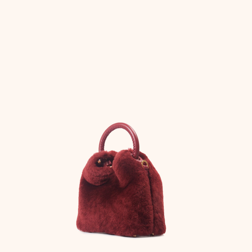 Madeleine - Shearling Montone Red Prune