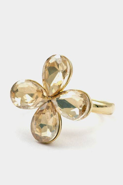 A flower colored stone adjustable ring