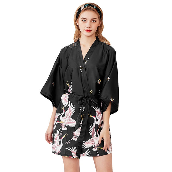 Women Silk Satin short Wedding Bride Bridesmaid Robe Kimono Robe Feminino Bath Robe Large Size Peignoir Femme Sexy Bathrobe