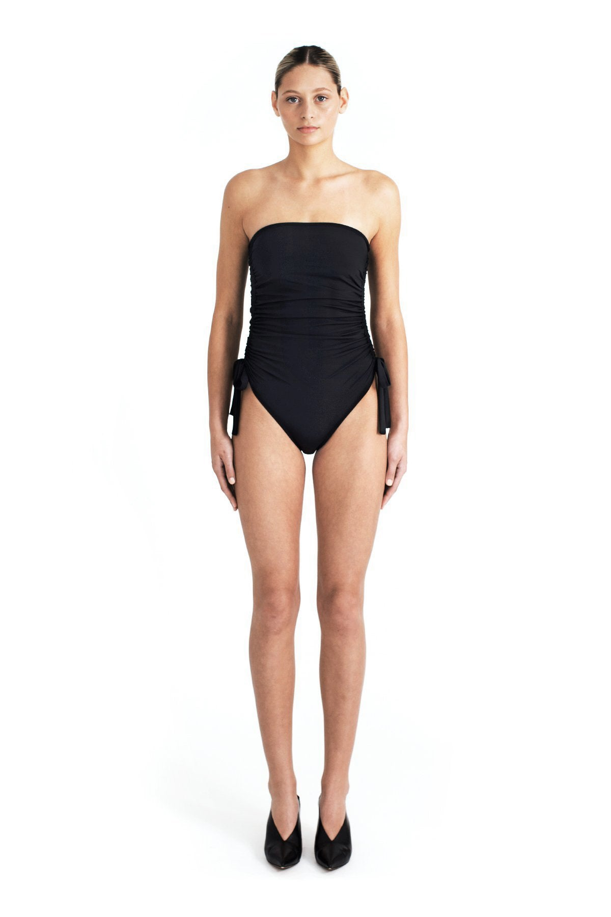 VENICE GATHERED ONE PIECE - BLACK