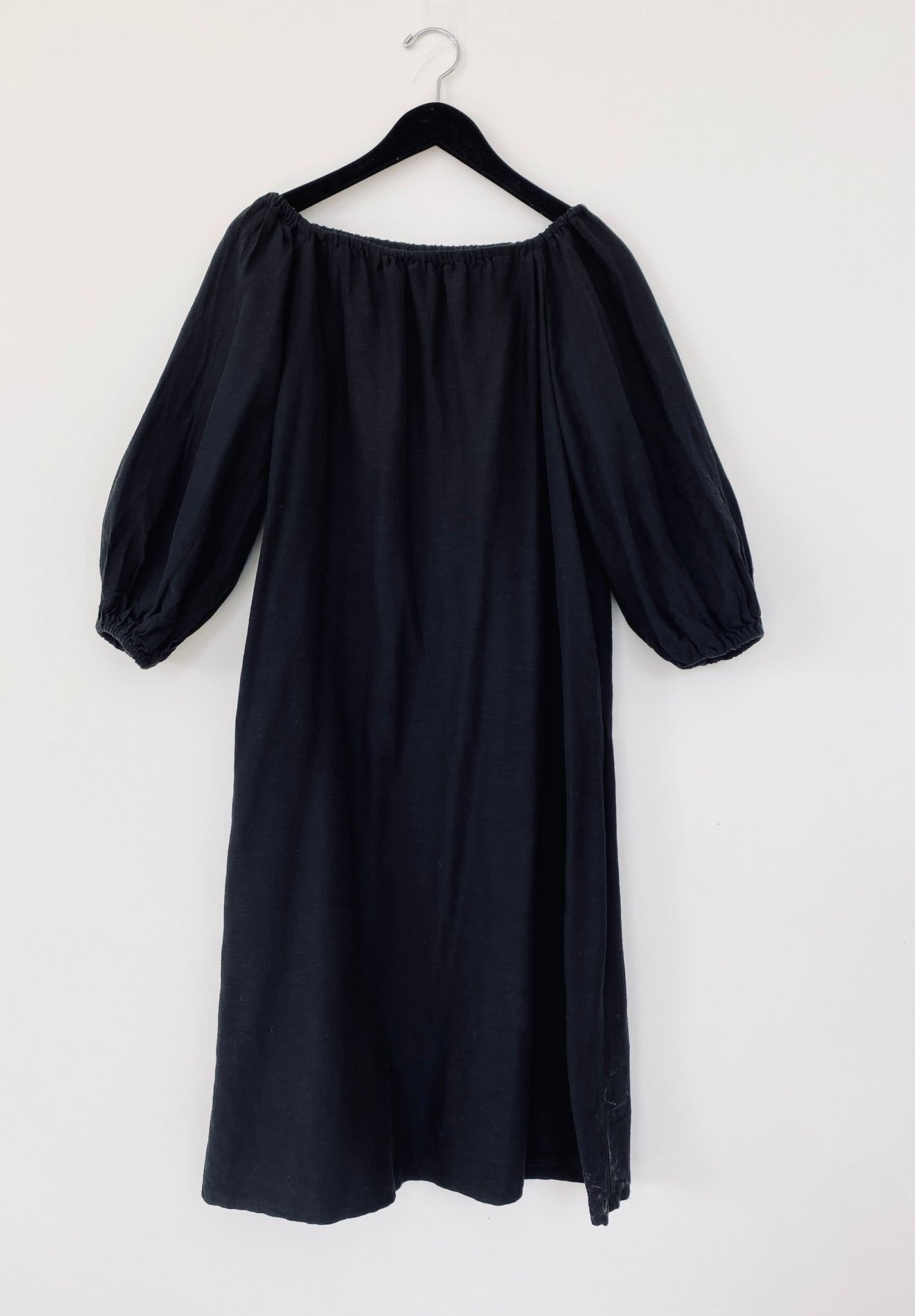 LINEN ANGEL DRESS - BLACK