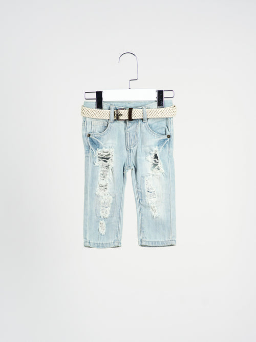 Roy Distressed Jeans With Belt