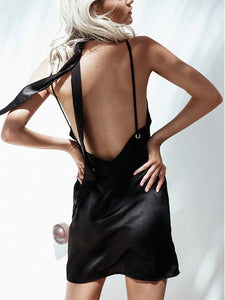 Black Halter Deep V Neck Backless Mini Dresses