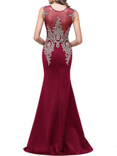 Round Neck Decorative Lace See-Through Fishtail Evening Dress