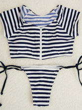 Collarless  Exposed Navel  Zigzag Striped Bikini
