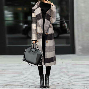 Fashion Black And White Plaid Woolen Coat