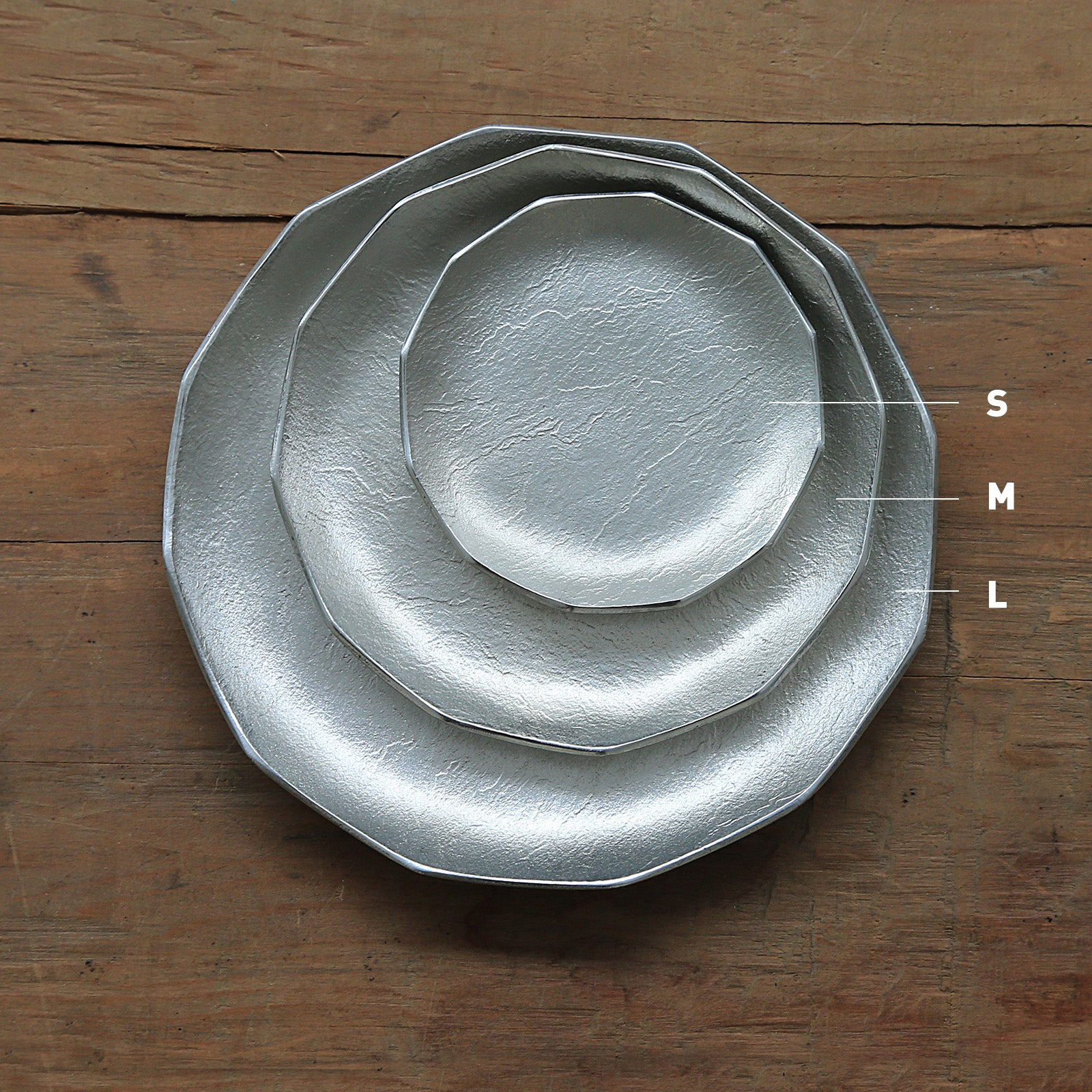 Swiss Dessert Plate (Crown)