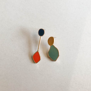 CINDERTOELLA Earrings: Alia Asymmetric