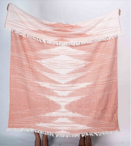 Irama Bed Throw Coral
