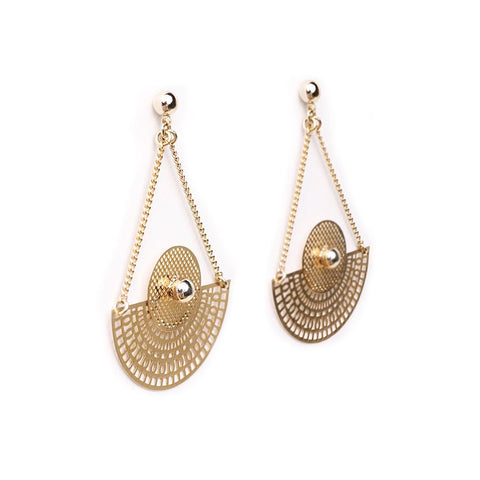 Mano Plus I Tara Gold Earrings