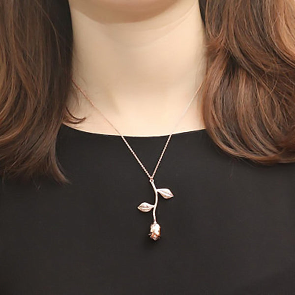 Delicate Rose Necklace Women