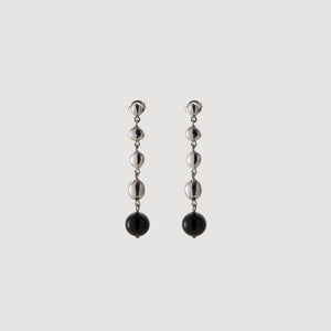 Egg Earrings w/Onyx