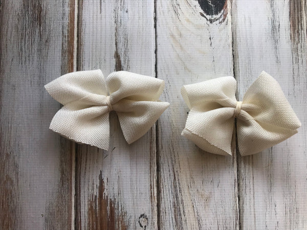 Khaki Tan Burlap medium bow