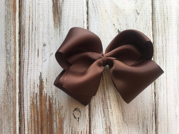 Brown medium bow