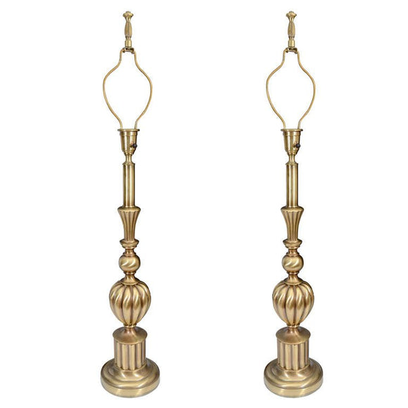 Beautiful Pair of Brass Hollywood Regency Lamps by Sti el