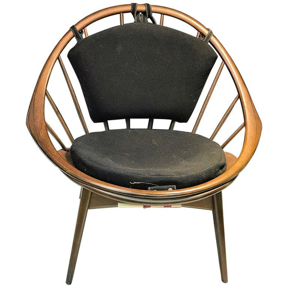 Exceptional Danish Lounge Chair in the Manner of Vladimir Kagan