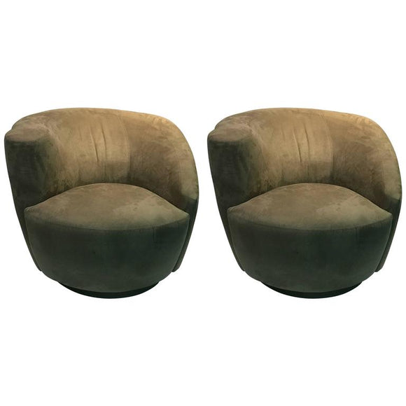 Fabulous Pair of Vladimir Kagan Nautilus Swivel Lounge Chairs