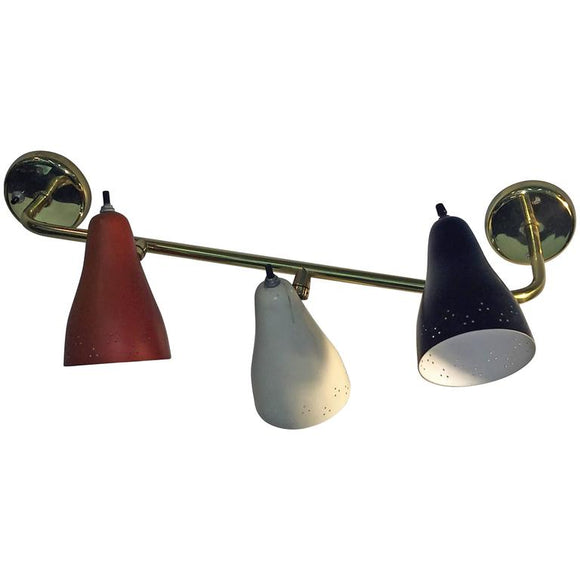 Great Lightolier Mid- Century Three Enameled Metal Shade Light Sconce