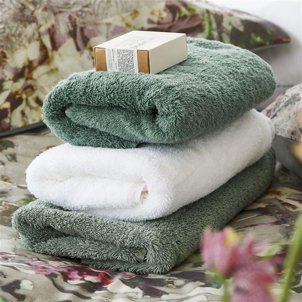 Toalha Designers Guild Loweswater Antique Jade