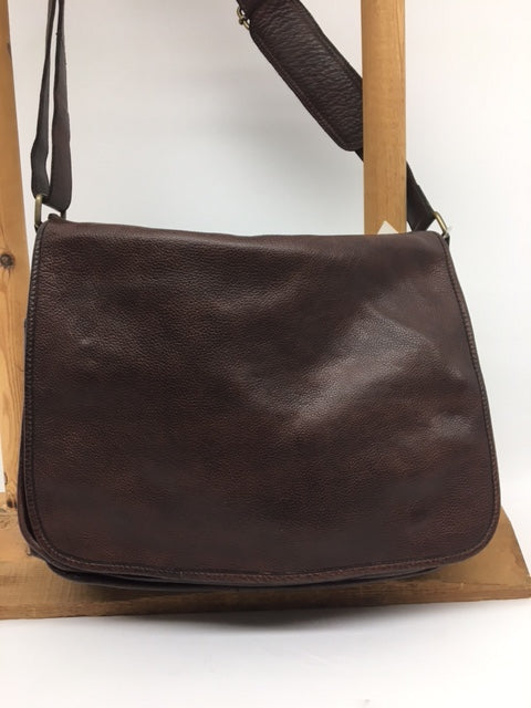 Scully - #925 Chocolate Brown Messenger Bag