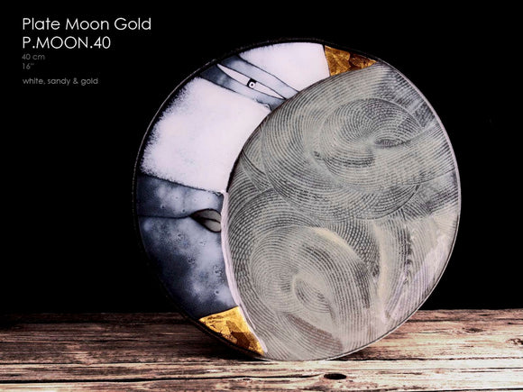 Plate Moon Gold with 23 3/4 carat gold element, hand crafted