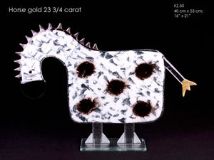 Horse with reel Gold 23 3/4 carat
