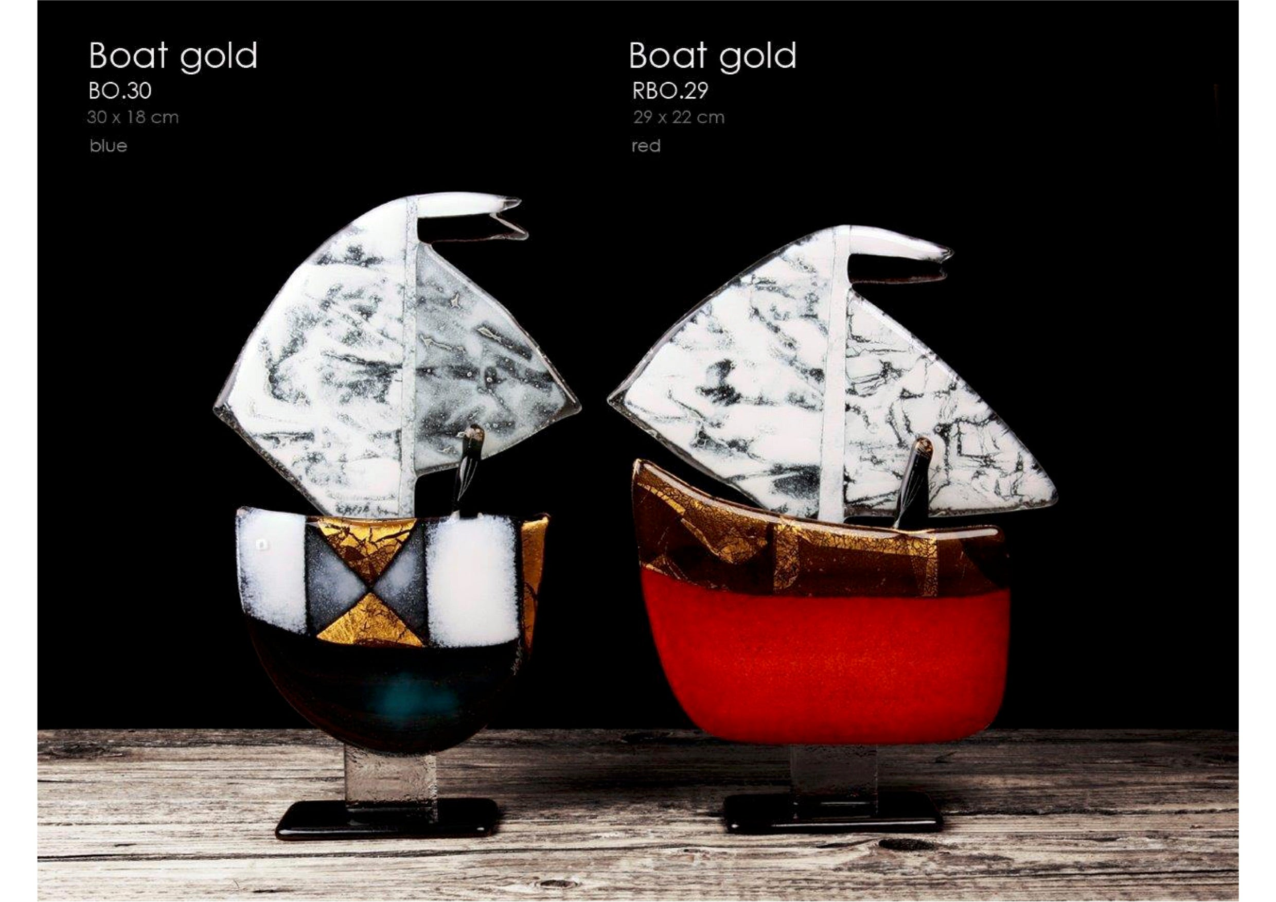 Boat Luxury Statue with 24 carat gold elements 30 cm high. Handcrafted Art made from fused glass.