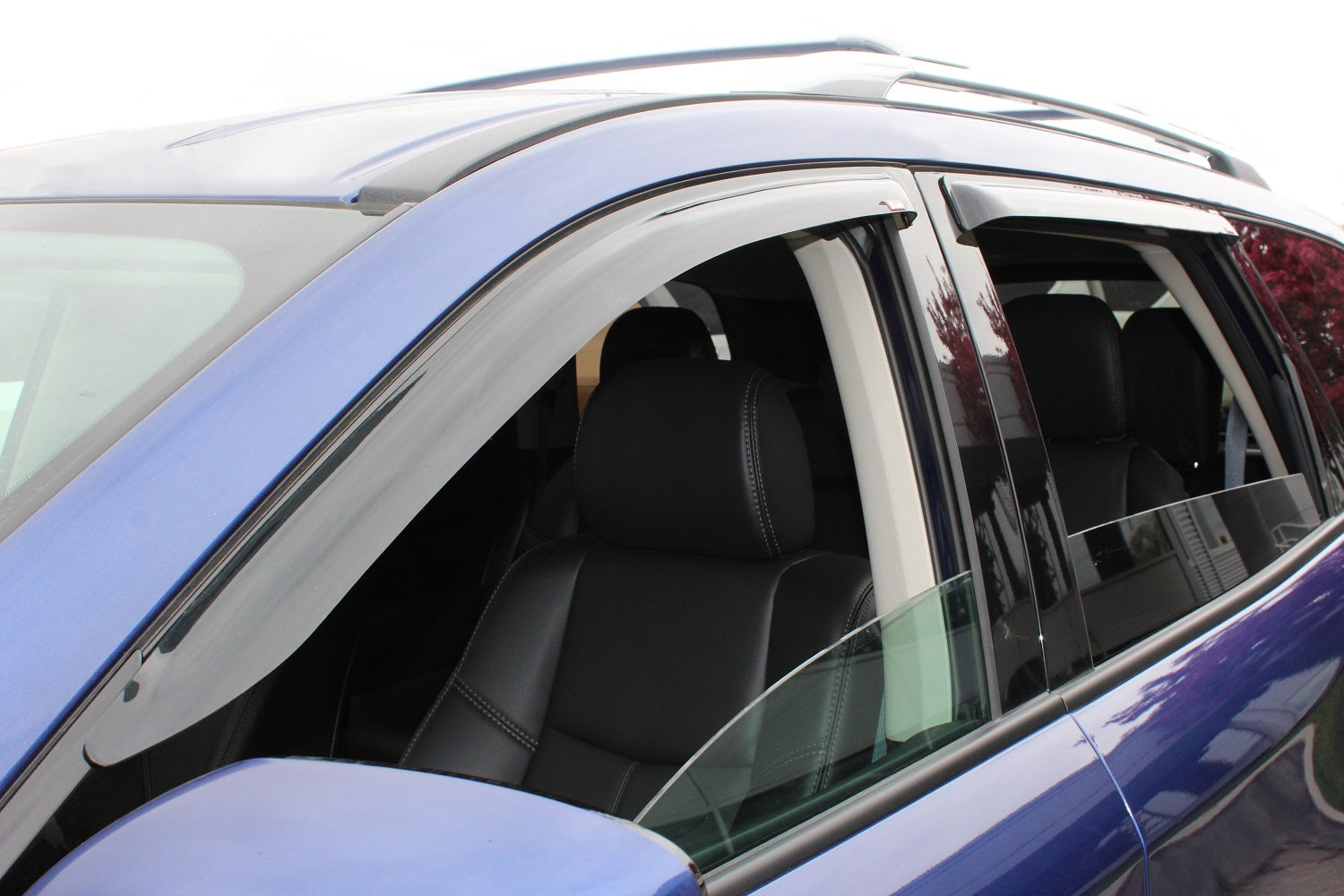 2013 Nissan Pathfinder Slim Wind Deflector