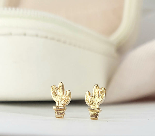 Cactus stud  in 14K yellow, white and rose gold