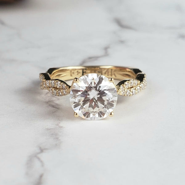 Vintage Round Engagement Ring Twisted Band