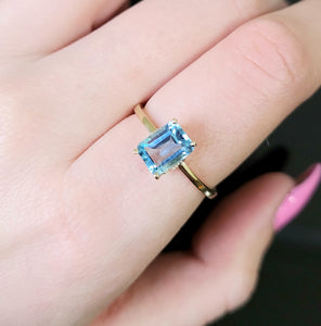 Mini topaz stackable ring