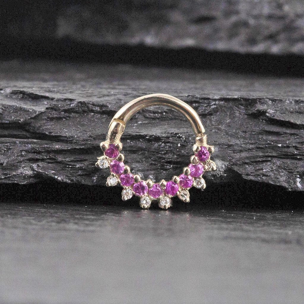 Septum clicker in white gold with pink sapphires