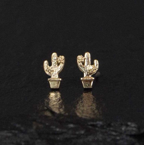 cactus stud earrings in yellow gold