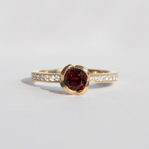 alternative garnet engagement ring