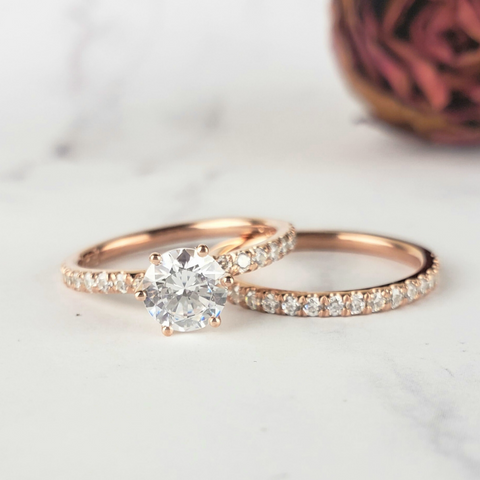 1ct solitaire engagement ring in rose gold