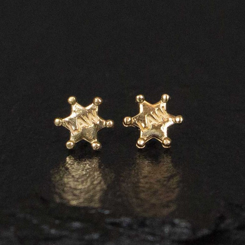 sheriff badge stud earrings in yellow gold