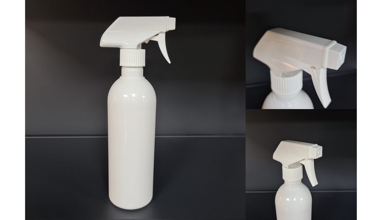 2 PCS - 32 oz Spray Bottles with Triggers White