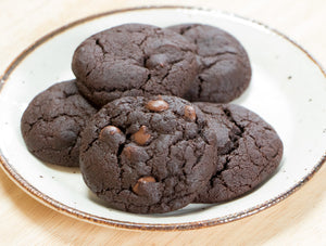 Vegan Double Chocolate Chip Cookies - Ani & Fabi: Canada's first gourmet baking kits