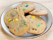 Snickers Peanut M&M Chocolate Chip Cookies - Ani & Fabi: Canada's first gourmet baking kits
