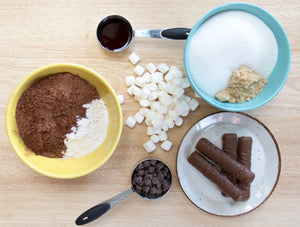 Twix S'mores Brownie, chocolate dessert, easy recipe, Brownie recipe, easy dessert, ani and fabi, Ani & Fabi Baking kits